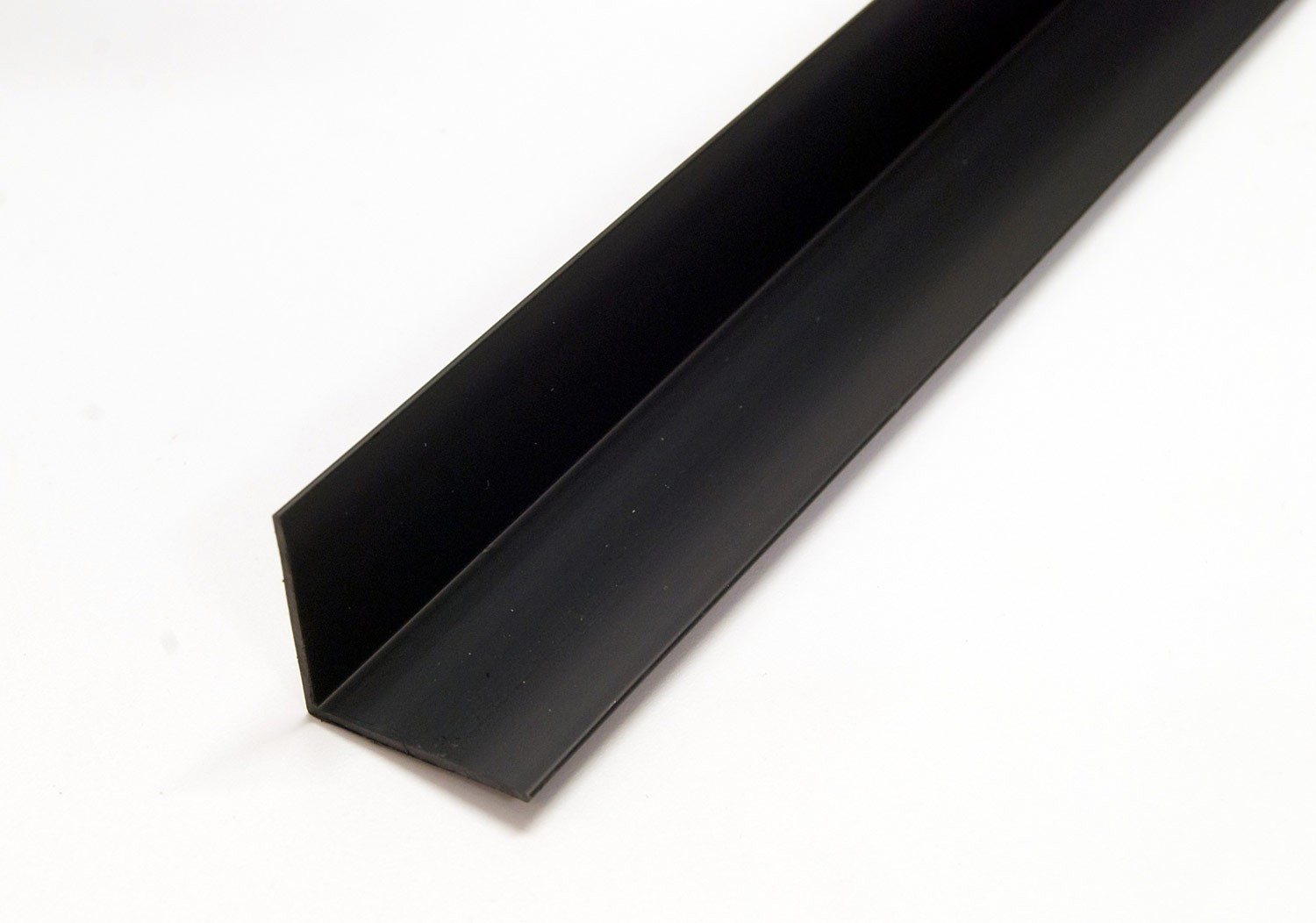 2440mm Black Equal Angles (16 x 16mm)